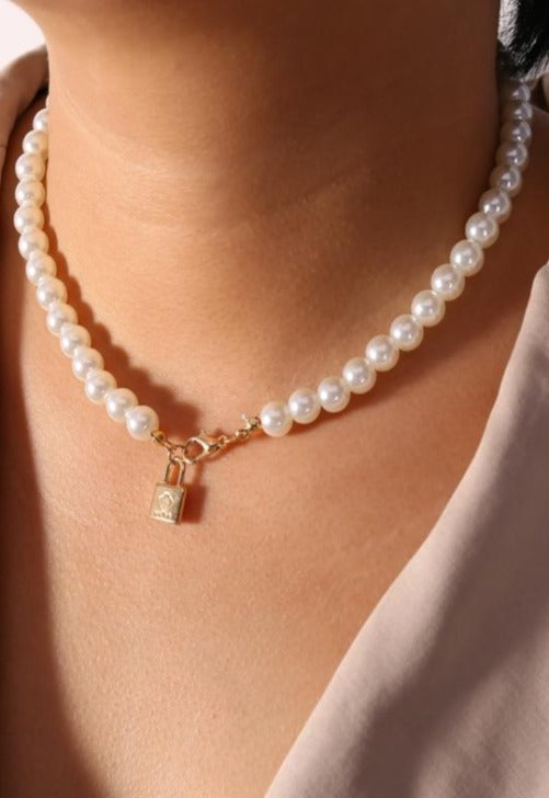 Pearl Mini Lock Necklace