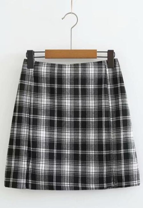 Black Plaid Print Skirt