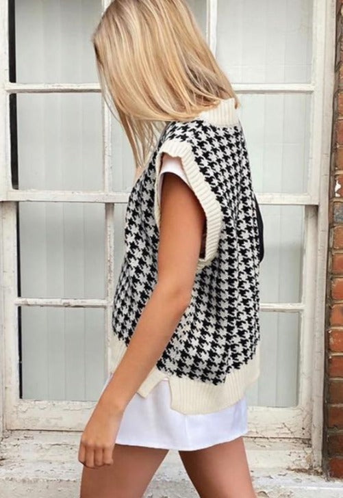 White Houndstooth Knit Sweater Vest