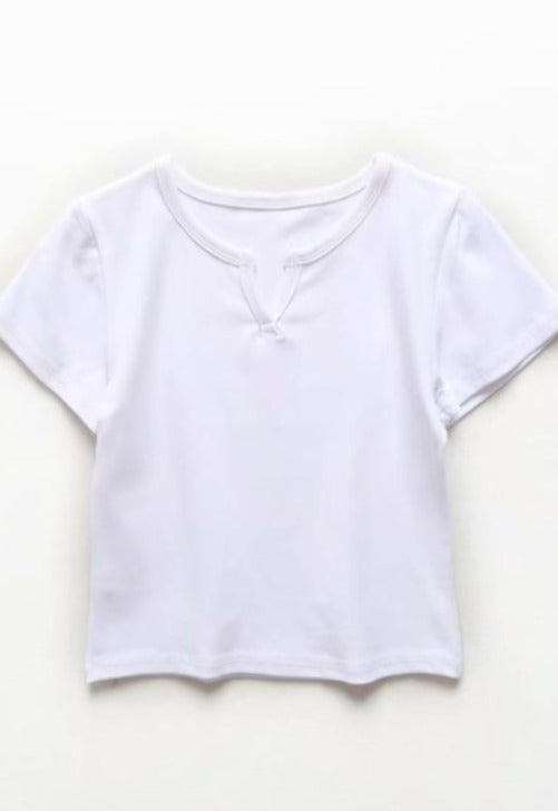 Laden Sie das Bild in den Galerie-Viewer, V-Notch Baby Tee