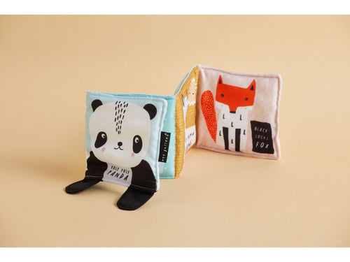 Wee Gallery 'Roly Poly Panda' by Surya Sajnani (cloth book) - BUNDEL