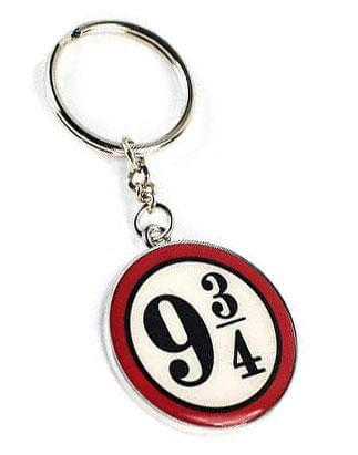 Official Platform 9 3/4 Key Ring at the best quality and price at House Of Spells- Fandom Collectable Shop. Get Your Platform 9 3/4 Key Ring now with 15% discount using code FANDOM at Checkout. www.houseofspells.co.uk.