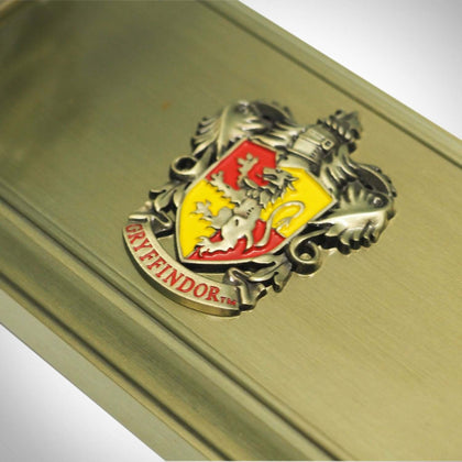 Official Gryffindor Wand Stand at the best quality and price at House Of Spells- Fandom Collectable Shop. Get Your Gryffindor Wand Stand now with 15% discount using code FANDOM at Checkout. www.houseofspells.co.uk.