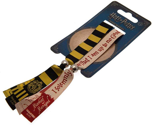 Official Festival Wristbands- Hufflepuff at the best quality and price at House Of Spells- Harry Potter Themed Shop In London. Get Your Festival Wristbands- Hufflepuff now with 15% discount using code FANDOM at Checkout. www.houseofspells.co.uk.
