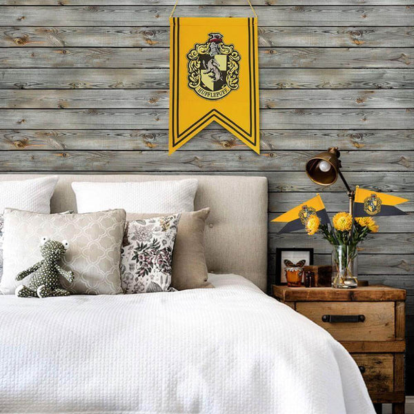 Hufflepuff Banner & Flag Set - House Of Spells