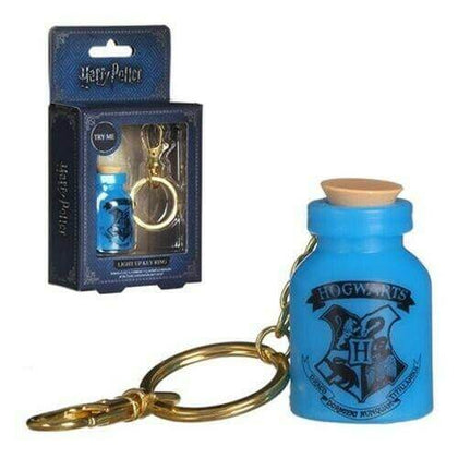 Official HARRY POTTER HOGWARTS Potion Bottle Light Up Key Ring Keyring at the best quality and price at House Of Spells- Harry Potter Themed Shop In London. Get Your HARRY POTTER HOGWARTS Potion Bottle Light Up Key Ring Keyring now with 15% discount using code FANDOM at Checkout. www.houseofspells.co.uk.