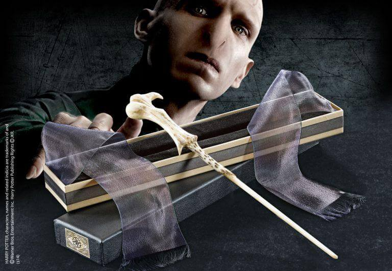 Lord Voldemort Wand In Ollivanders Box