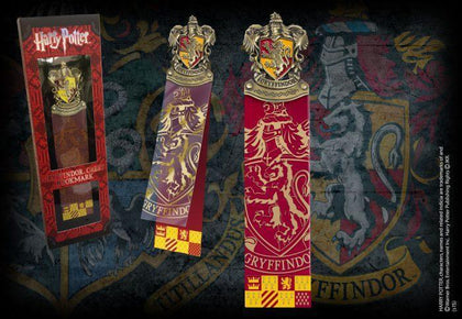 Official Gryffindor Crest Bookmark at the best quality and price at House Of Spells- Harry Potter Themed Shop In London. Get Your Gryffindor Crest Bookmark now with 15% discount using code FANDOM at Checkout. www.houseofspells.co.uk.