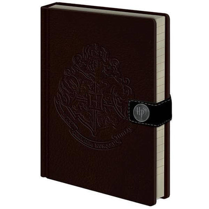 Official Hogwarts Crest A5 Notebook at the best quality and price at House Of Spells- Fandom Collectable Shop. Get Your Hogwarts Crest A5 Notebook now with 15% discount using code FANDOM at Checkout. www.houseofspells.co.uk.