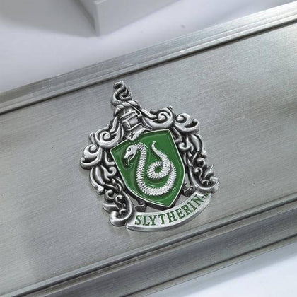 Official Slytherin Wand Stand at the best quality and price at House Of Spells- Fandom Collectable Shop. Get Your Slytherin Wand Stand now with 15% discount using code FANDOM at Checkout. www.houseofspells.co.uk.