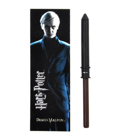 Official Draco Malfoy Wand Pen And Bookmark at the best quality and price at House Of Spells- Fandom Collectable Shop. Get Your Draco Malfoy Wand Pen And Bookmark now with 15% discount using code FANDOM at Checkout. www.houseofspells.co.uk.