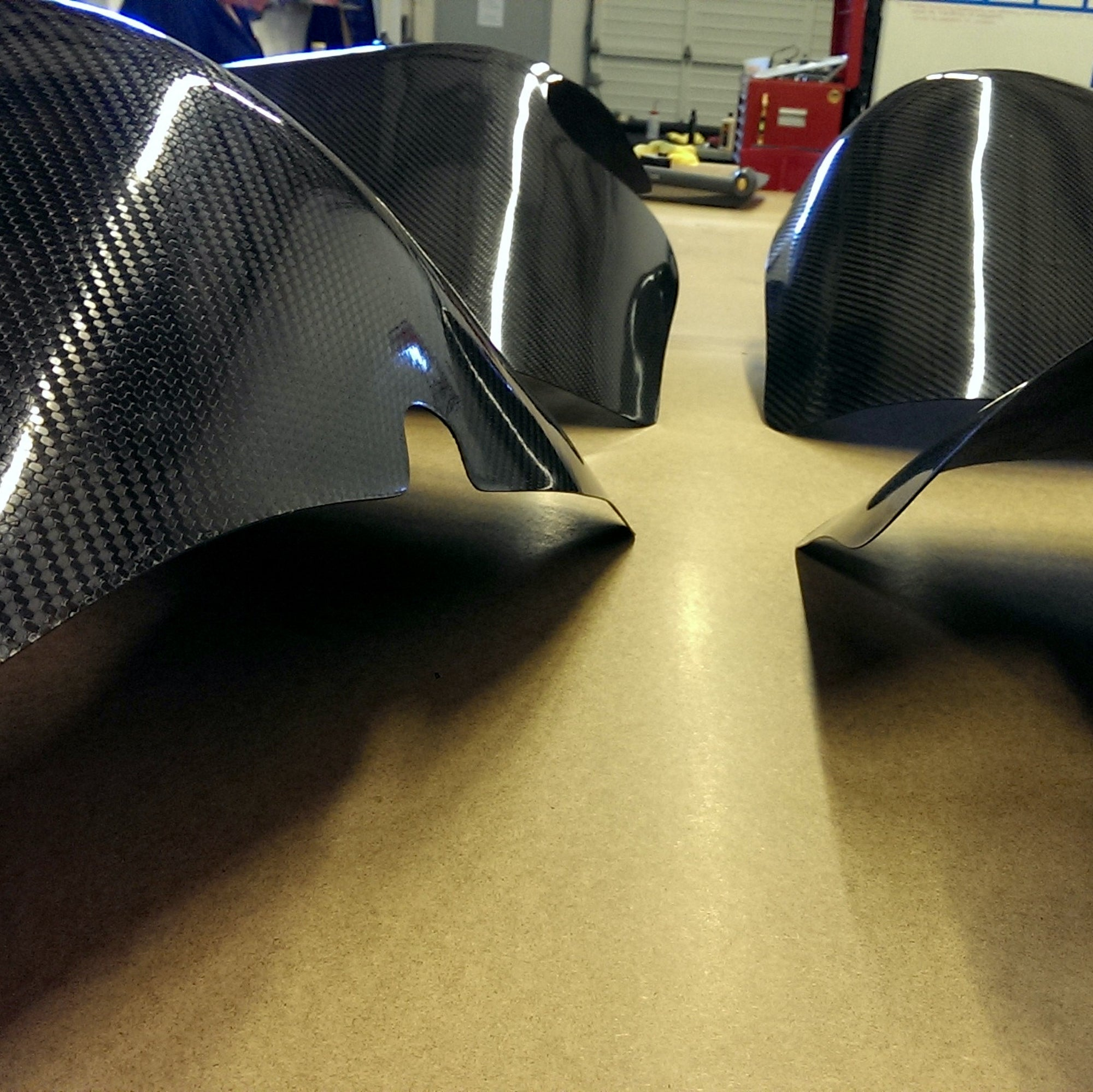 HOW TO MAKE CUSTOM CARBON FIBER FENDERS