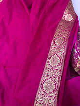Load image into Gallery viewer, Hot Pink Satin Silk Anushka Zari Jangla Banarasi Handloom Saree