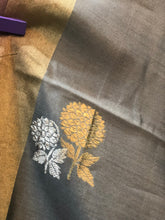 Load image into Gallery viewer, Grey Rosegold 'Kadwa' Pure Katan Silk Suit