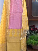 Load image into Gallery viewer, LAVENDER YELLOW COTTON SILK BANARASI HANDLOOM THREE PIECE SUIT SET