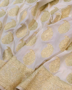 OFF WHITE BANARASI HANDLOOM SATIN SILK SAREE