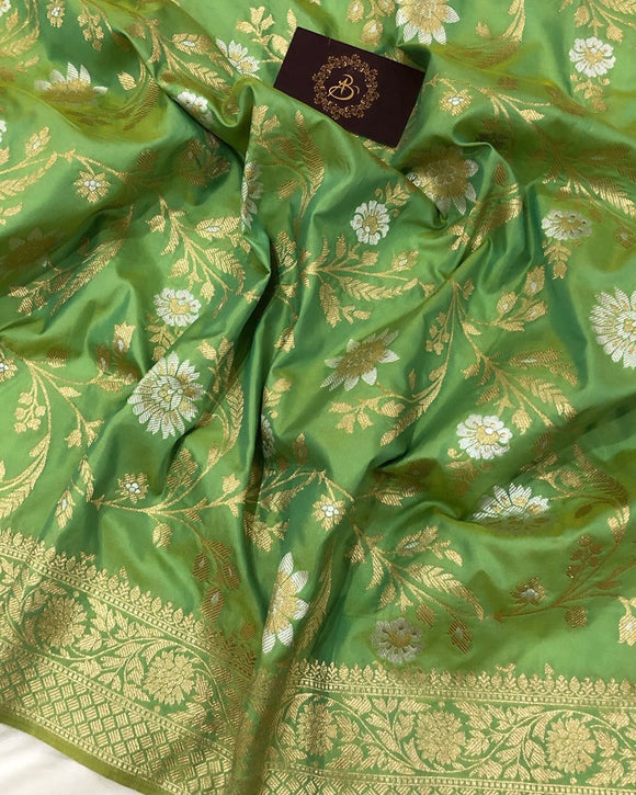 GREEN BANARASI HANDLOOM SOFT SILK SAREE WITH ALL OVER JAAL WORK