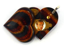 Load image into Gallery viewer, 2573 Thin No Image Wood Illusionist Locket