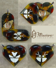 Load image into Gallery viewer, 2874 Thin Acrylic Butterfly Illusionist Locket