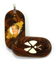 Load image into Gallery viewer, 2927 Thin Bocote Wood Illusionist Butterfly Locket