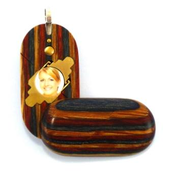 3360 Thin No Image Wood Illusionist Locket