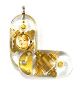 4051 Thin Clear Acrylic Illusionist Locket