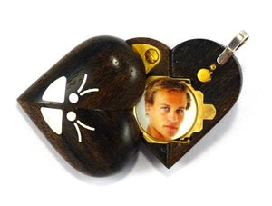 4089 Slim Zircote Wood Magic Illusionist Locket