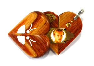 4520 Thin Unique Wood Illusionist Locket