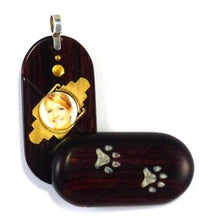 Load image into Gallery viewer, 5196 Thin Paw Print Illusionist Locket