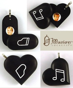 5217 Natural Ebony Wood Piano Music Note Illusionist Locket