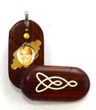 Load image into Gallery viewer, 5224 Thin Coco Bolo Wood Celtic Knot Illusionist Locket
