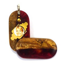 Load image into Gallery viewer, 5295 Thin Burgundy Wood Acrylic Illusionist Locket