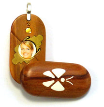Load image into Gallery viewer, 5308 Thin Olive Wood Illusionist Locket