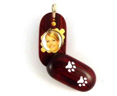 B025 Dog Cat Paw Print Cremation Ash Locket With Secret Compartments Rosewood Burgundy