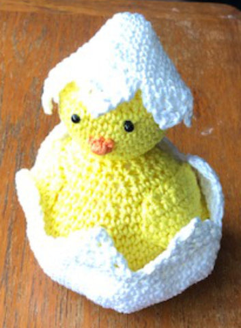 Free Crochet Pattern for an Easter Chick