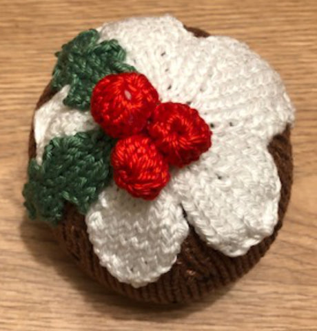 Knitted Christmas Pudding step by step