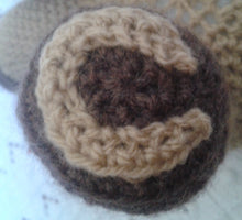 Load image into Gallery viewer, Horse Hoof crochet pattern
