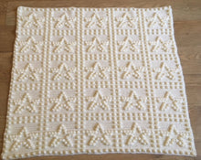 Load image into Gallery viewer, Easy crochet pattern for baby blanket