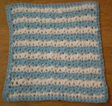 Load image into Gallery viewer, Free Dishcloth Crochet Pattern