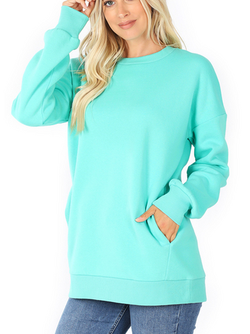 Long Length Sweatshirt with Pockets in Mint