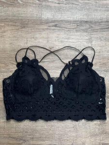 Plus Crochet Lace Bralette in Black - My Sister's Porch