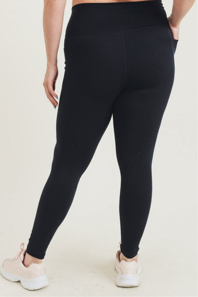 PLUS Tapered Band Essential Leggings in Black