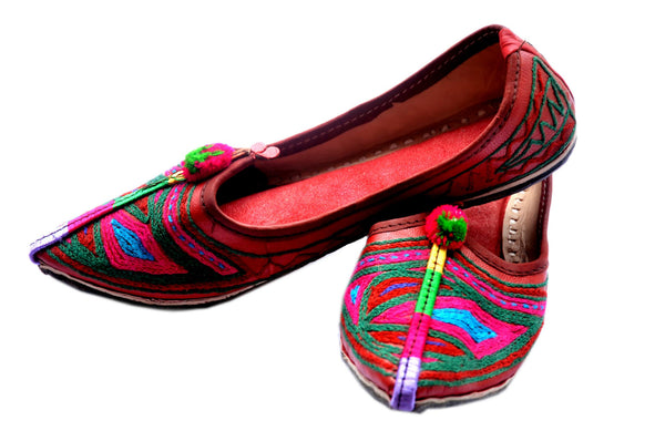 Vintage Embroidered Ethinc Flats- Multicolor