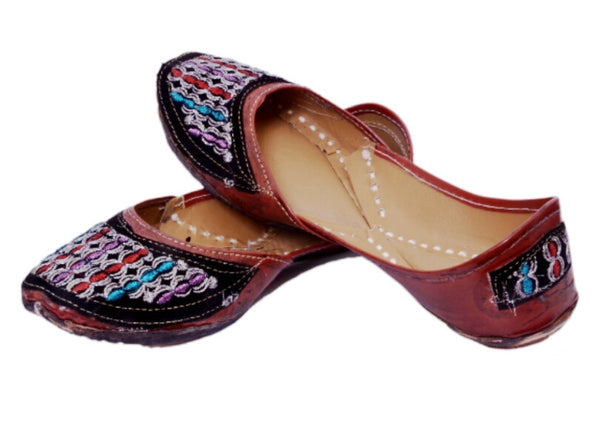 Handcrafted Artisan Mojris for Women