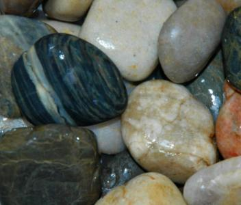 Kirby Assorted Pebbles 3-5cm