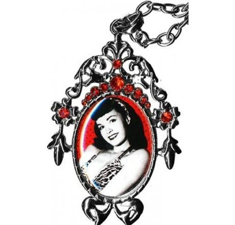 Bettie Page ketting