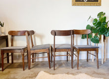 Load image into Gallery viewer, Set of 4 Mid Century Modern Chairs