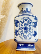 Load image into Gallery viewer, Ceramic Blue & White Vase
