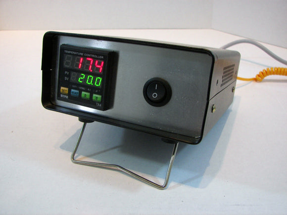 1-Zone Mini Benchtop Temperature Controller - Thermocouple Input - 8A, SSR Control Output