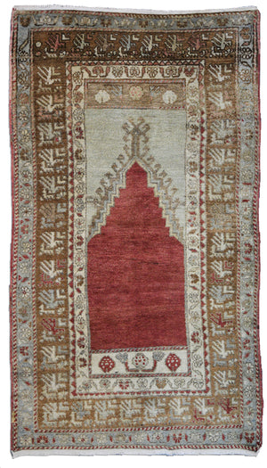 "Turkish Oushak 3' x 5'4"" prayer rug"